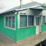 Renovare casa traditionala_geamuri, vitrine si usa din PVC alb cu geam termopan